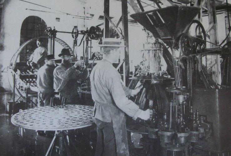 Rudkøbing Bryggeri Tappemaskine 1911