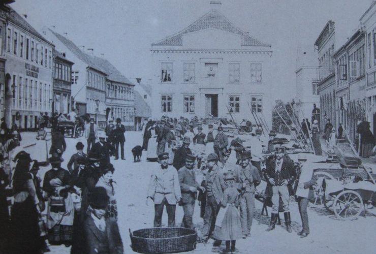 Torvet i Rudkøbing 1911